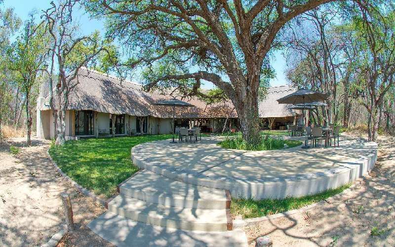 Camelthorn Lodge, Intu Afrika Kalahari Private Game Reserve