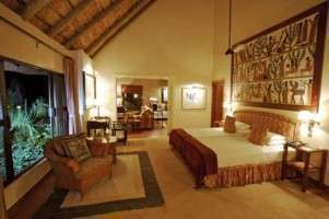 malamala game reserve sable camp: luxury suite